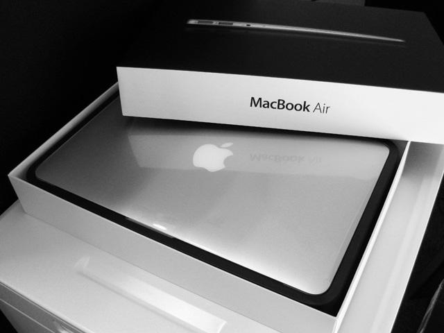 遅ればせながら MacBook Airを購入しました!の画像。